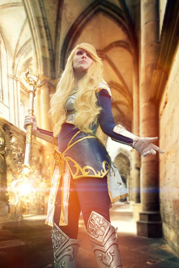http://www.gamesart.de/wp-content/uploads/2014/06/stephan-goericke-cosplay-screen-03.jpg